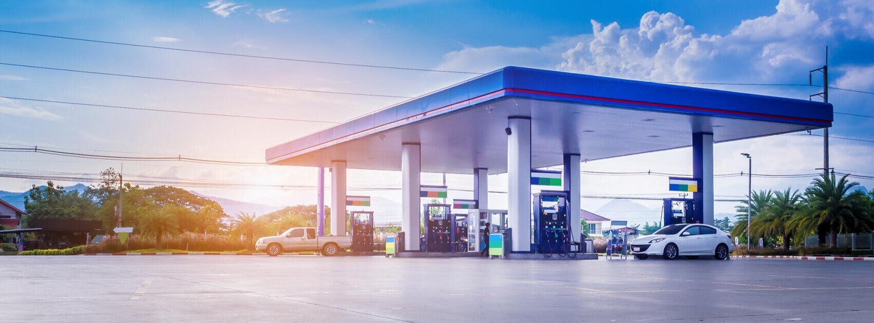 Montar ou comprar um posto de gasolina?